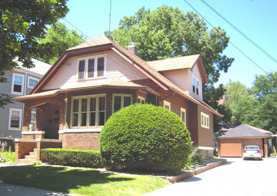 1716 Van Hise Avenue, Madison, WI  2 bdrm.