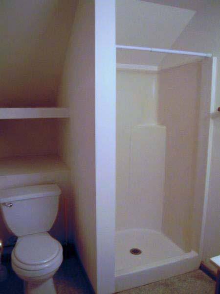 25bedford_shower-stall