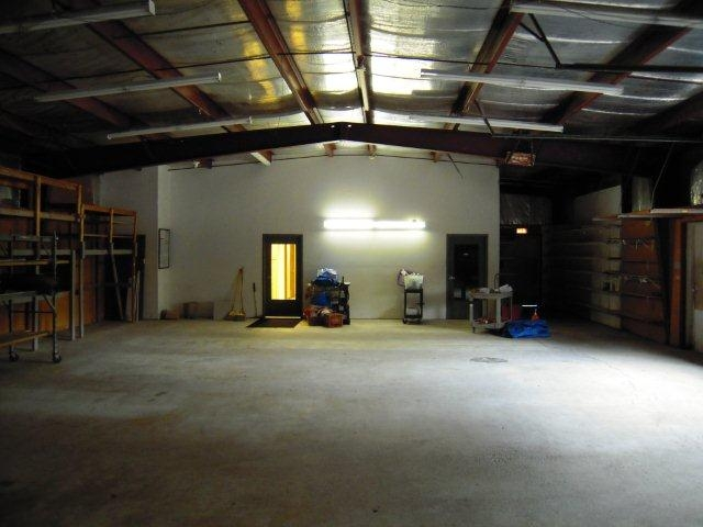 4810%20Ellestad%20Drive%20Interior%20Warehouse%202_0