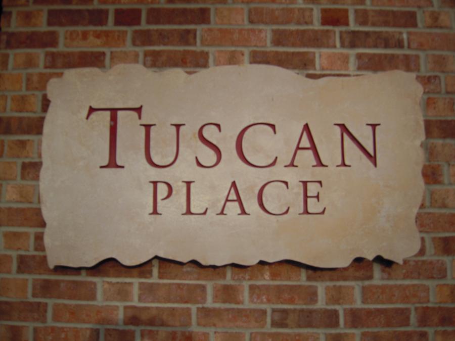 Tuscan%20sign%20001